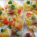 2012-0312-桂冠包子-銀絲捲披薩 (25)