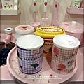 2011-1225-Yuki 4歲生日禮物-Mother Garden 木製玩具大草莓粉紅廚房組 (5)