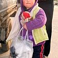 大陸-青島-臉紅咚咚的小女孩