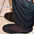 大陸-青島-試穿傳統黑布鞋