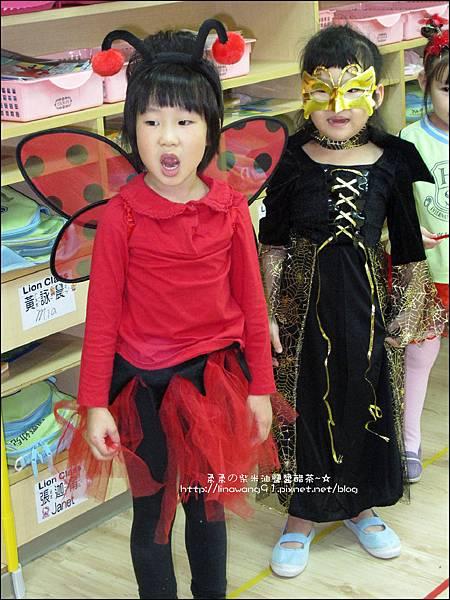 2012-1030-Yuki 4Y10M幼稚園第一次萬聖節 (5)