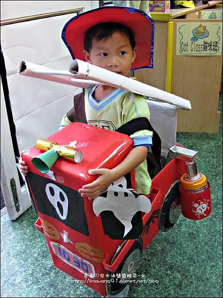 2012-1030-Yuki 4Y10M幼稚園第一次萬聖節 (10)
