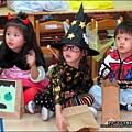 2012-1030-Yuki 4Y10M幼稚園第一次萬聖節 (14)