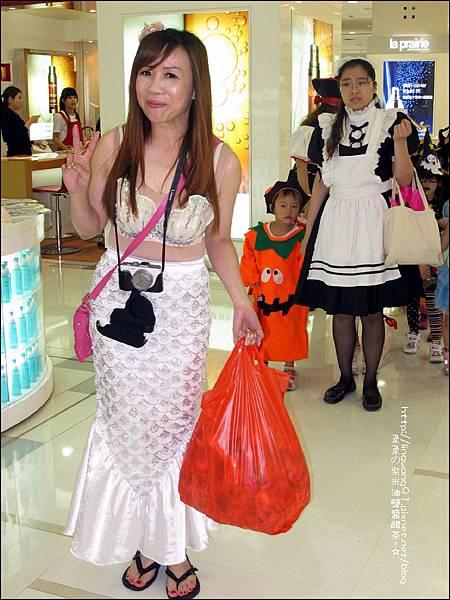 2012-1030-Yuki 4Y10M幼稚園第一次萬聖節 (15)