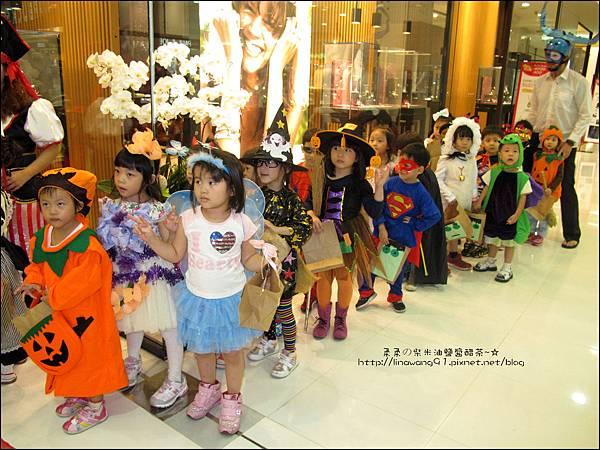 2012-1030-Yuki 4Y10M幼稚園第一次萬聖節 (17)
