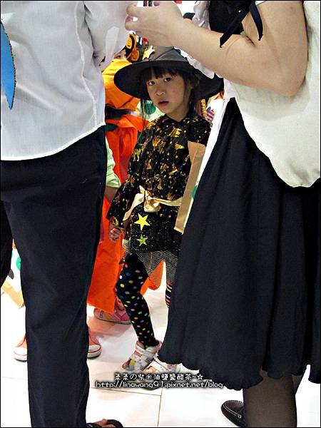 2012-1030-Yuki 4Y10M幼稚園第一次萬聖節 (19)