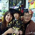 2012-1030-Yuki 4Y10M幼稚園第一次萬聖節 (28)