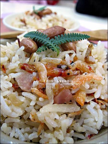 2012-0214-櫻花蝦香腸洋地瓜炊飯 (13)