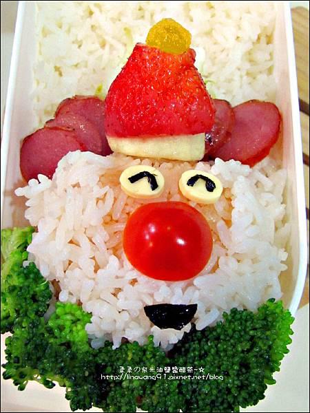 2012-1218-可愛造型便當-聖誕老公公 (4)