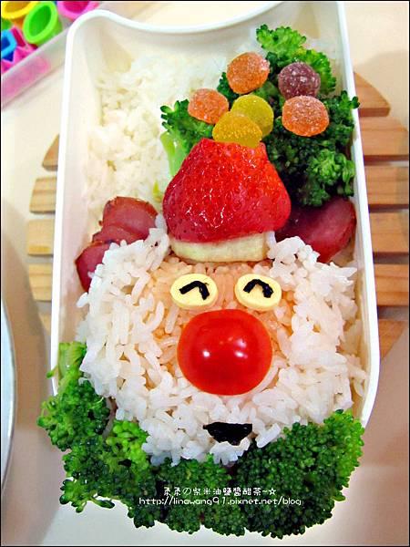 2012-1218-可愛造型便當-聖誕老公公 (5)