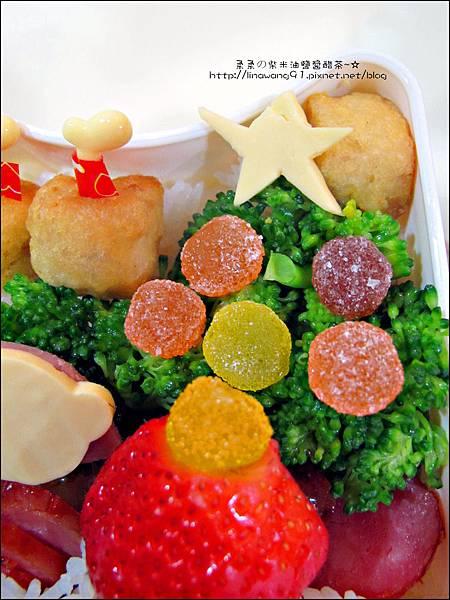 2012-1218-可愛造型便當-聖誕老公公 (7)