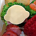 2012-1218-可愛造型便當-聖誕老公公 (9)