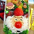 2012-1218-可愛造型便當-聖誕老公公 (15)