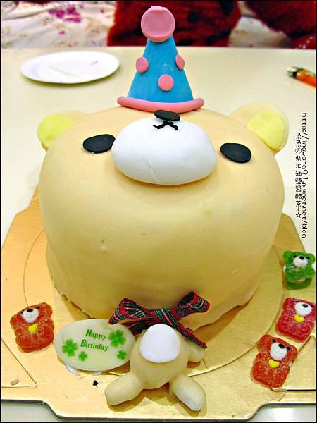 2012-1225-Yuki 5Y生日- 拉拉熊的妹妹-牛奶妹蛋糕 (4)