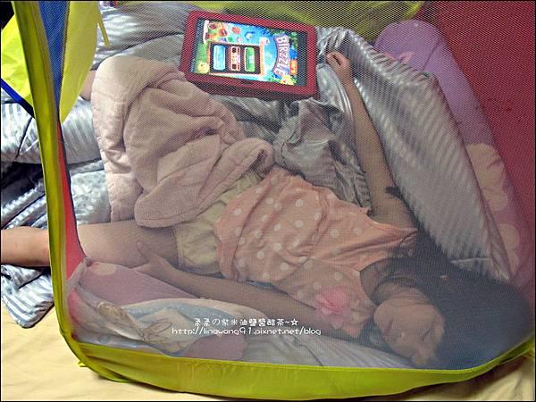2012-0715-Yuki 4Y6M睡帳篷