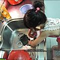 2012-0901-Yuki 4Y8M幫忙洗碗