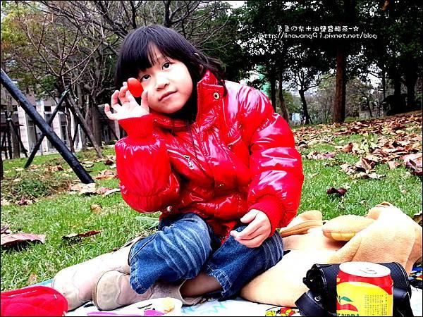 2012-1222-Yuki 4Y11M-玻璃藝術館 (4)