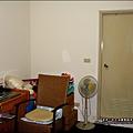 2008-0607-還未裝潢的兒童房 (1)