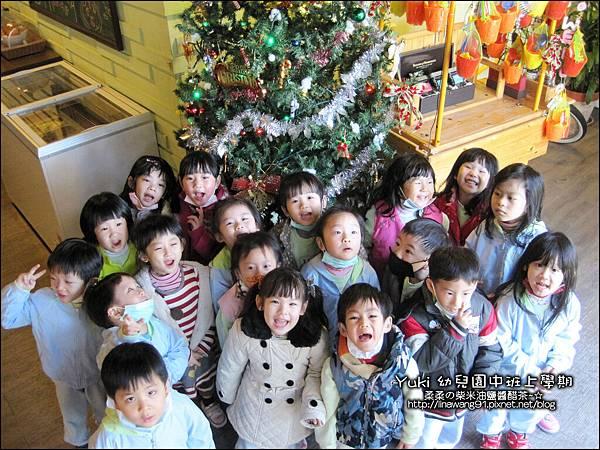 2012-1212-幼稚園中班上學期-農場生活-Yuki 4Y11M-戶外教學-巷弄田園 (3)