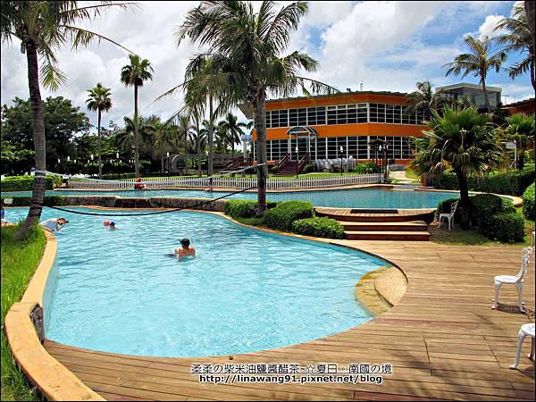 2013-0614-墾丁夏都海灘酒店-游泳池 (2).jpg