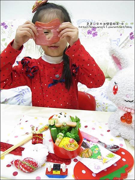 2013-1212-小兔子過聖誕便當 (15).jpg