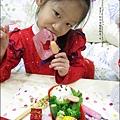 2013-1212-小兔子過聖誕便當 (16).jpg