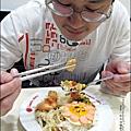 2013-1212-桂冠-蠔油明太子魚香腸燴飯 (10).jpg