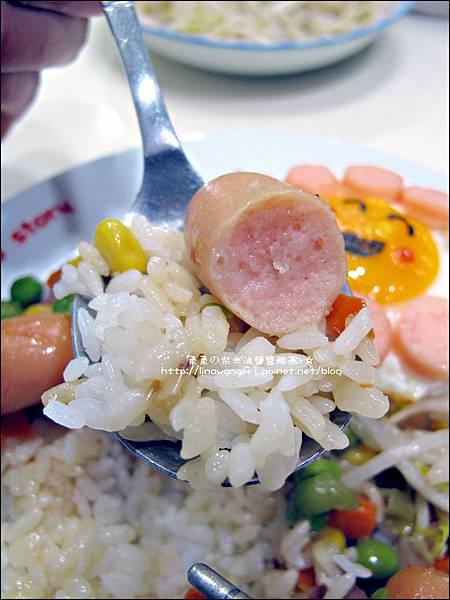 2013-1212-桂冠-蠔油明太子魚香腸燴飯 (11).jpg