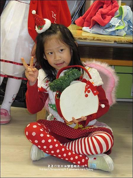 2013-1221-Yuki 5Y11M-幼稚園聖誕服裝秀 (12).jpg
