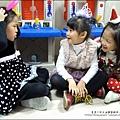 2013-1221-Yuki 5Y11M-幼稚園聖誕服裝秀 (15).jpg
