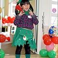 2013-1221-Yuki 5Y11M-幼稚園聖誕服裝秀 (21).jpg