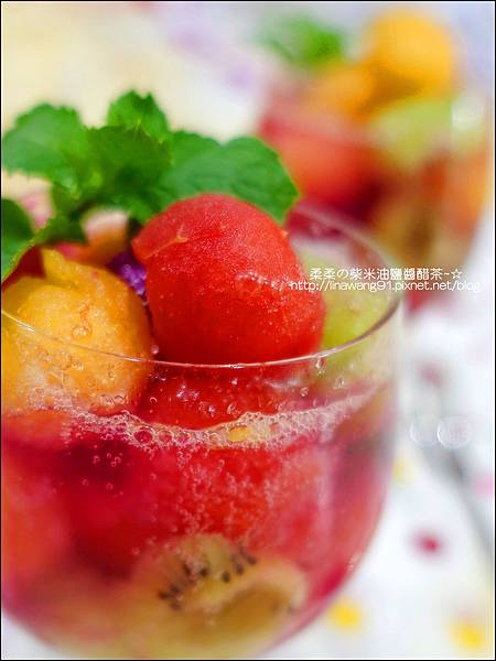 2014-0801-夏日甜點-水果球汽水 (3).jpg