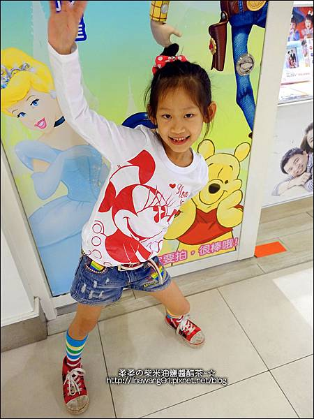 2014-1110-PUZZLE 拍手國際-迪士尼童裝-電眼米妮.jpg