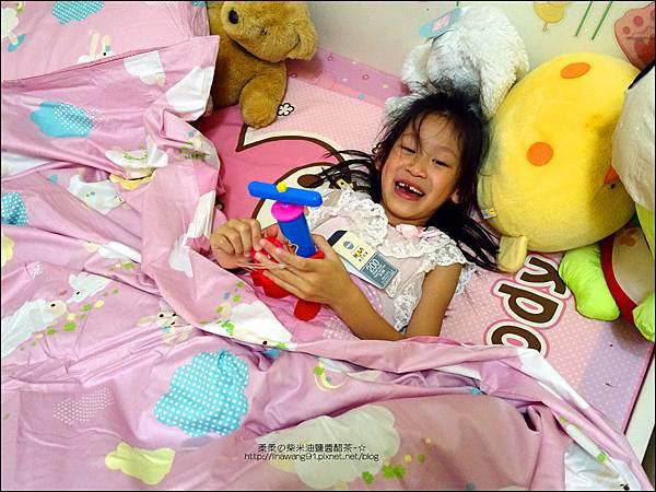 2015-0606-HOLA-兒童寢具組 (7)P10.jpg