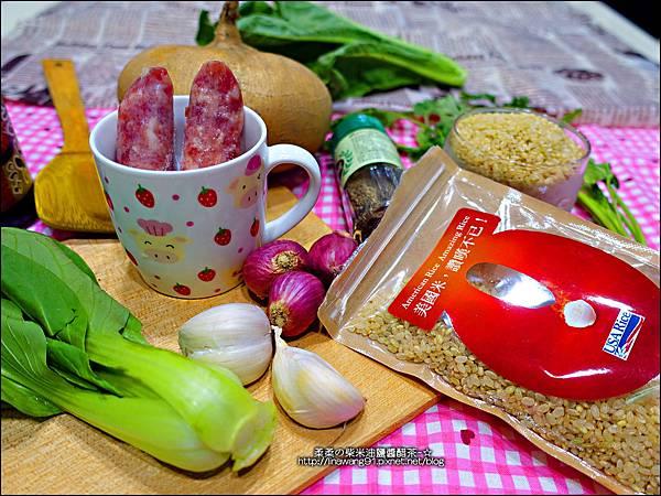 2015-1203-美國米-糙米-越光米-洋地瓜香腸炊飯 (3).jpg