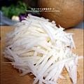 2015-1203-美國米-糙米-越光米-洋地瓜香腸炊飯 (4).jpg