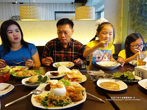 2015-0219-印尼-雅加達-Dapur solo (29).jpg