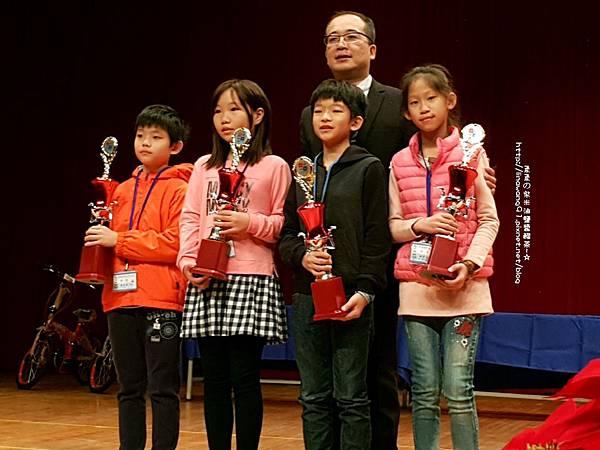 2018-1216-第十八屆國際盃數學頒獎顛典禮 (13).jpg