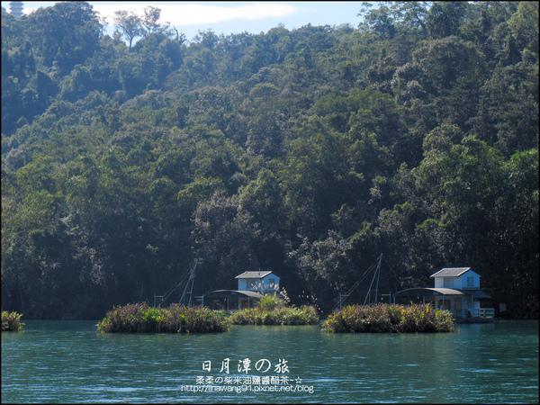 2010-1213-坐遊艇遊日月潭 (17).jpg