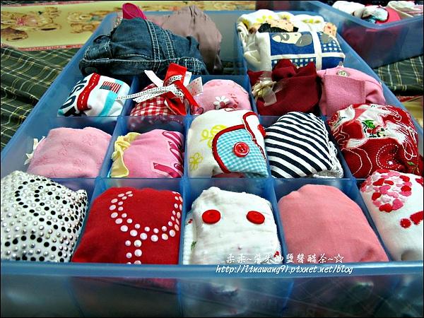 2010-0507-yuki夏天的衣服收納 (4).jpg