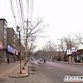 大陸-青島-城陽區-一大早商店都還沒開.jpg