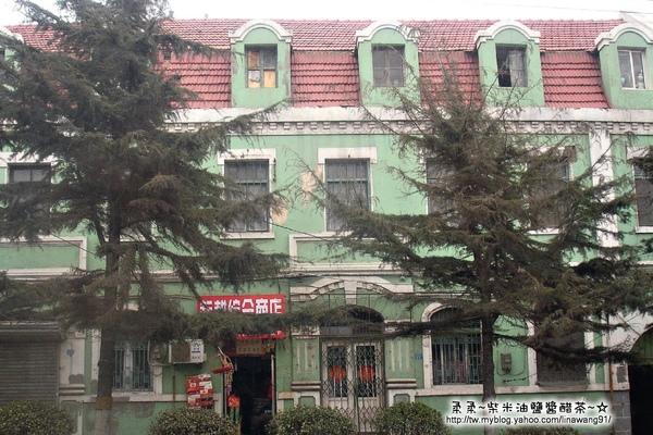 大陸-青島-綠身紅屋頂的房子.jpg