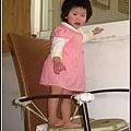 偷爬椅子-2.jpg