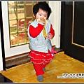 YUKI-1歲愛吃香蕉.jpg