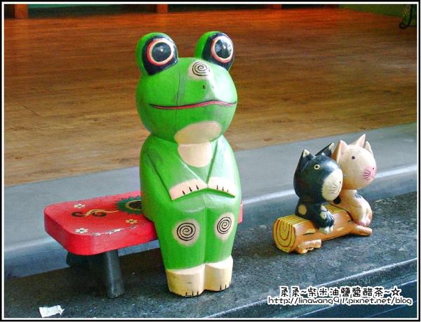 天空之城-青蛙陶偶.jpg