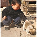 大陸-青島-小孩穿開擋褲.jpg