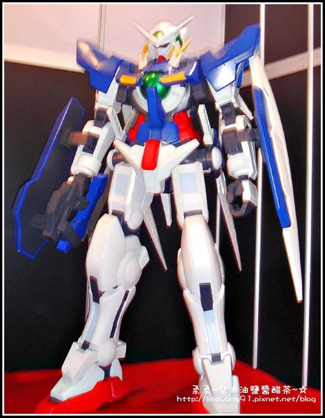 2009-0815第10屆漫畫博覽會-機動戰士鋼彈人型機器人.jpg