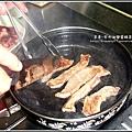 牛排滷肉飯丼 (1).jpg