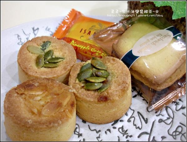 2009-中秋節-伊莎貝爾月餅 (2).jpg
