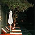 2009-1115-泰安觀止泳池夜景.jpg